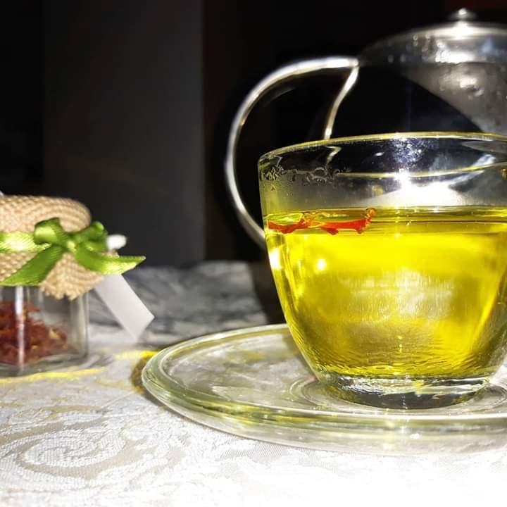 طرز تهیه چای با زعفران